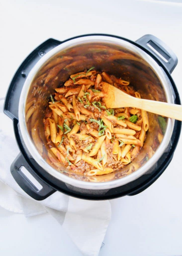 Pasta with meat sauce in instant pot