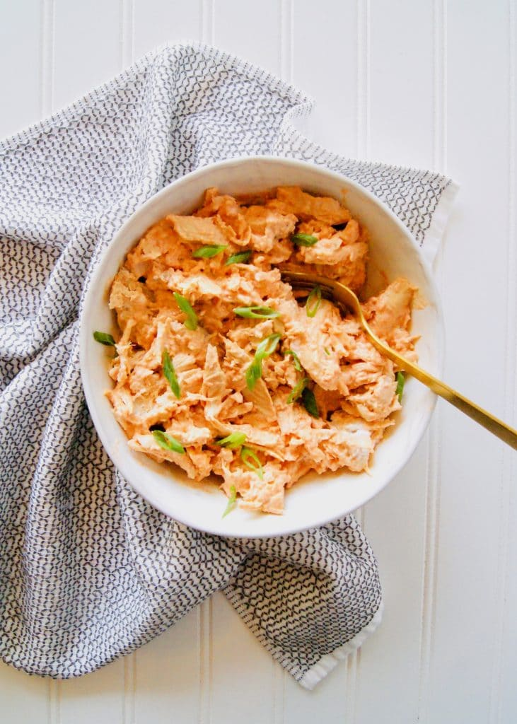 Healthy-buffalo-chicken-in-a-bowl