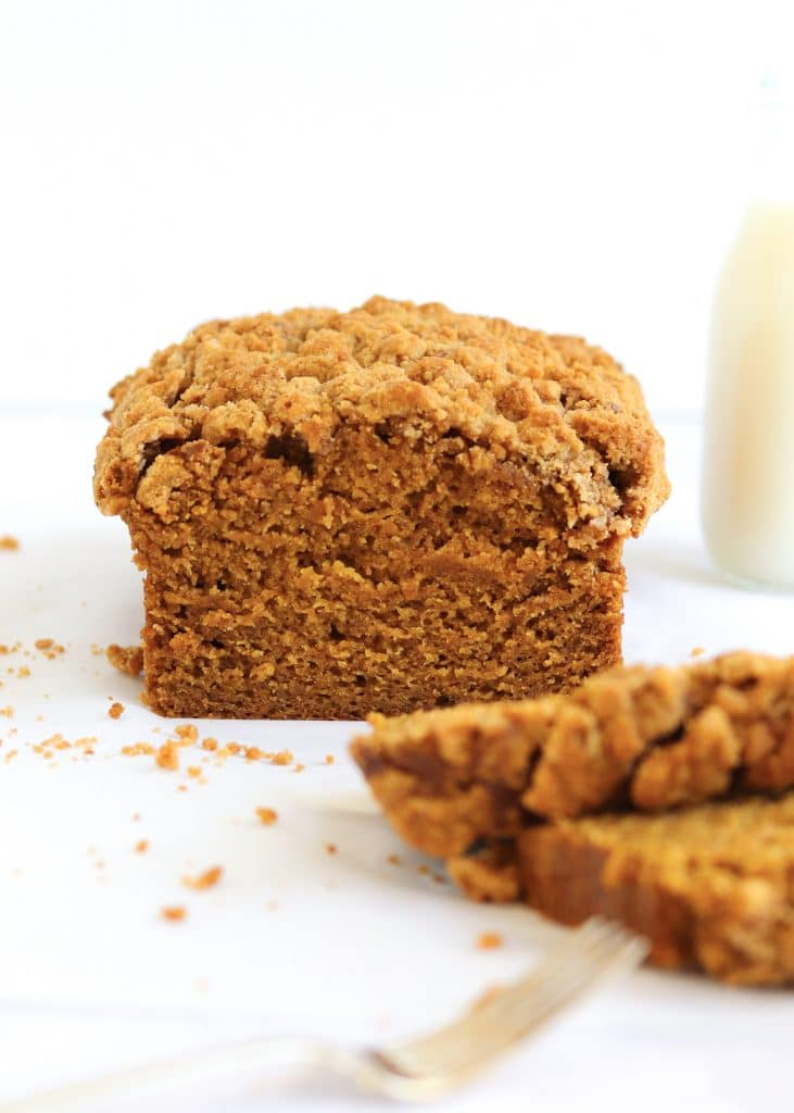 Streusel pumpkin bread with slices cut