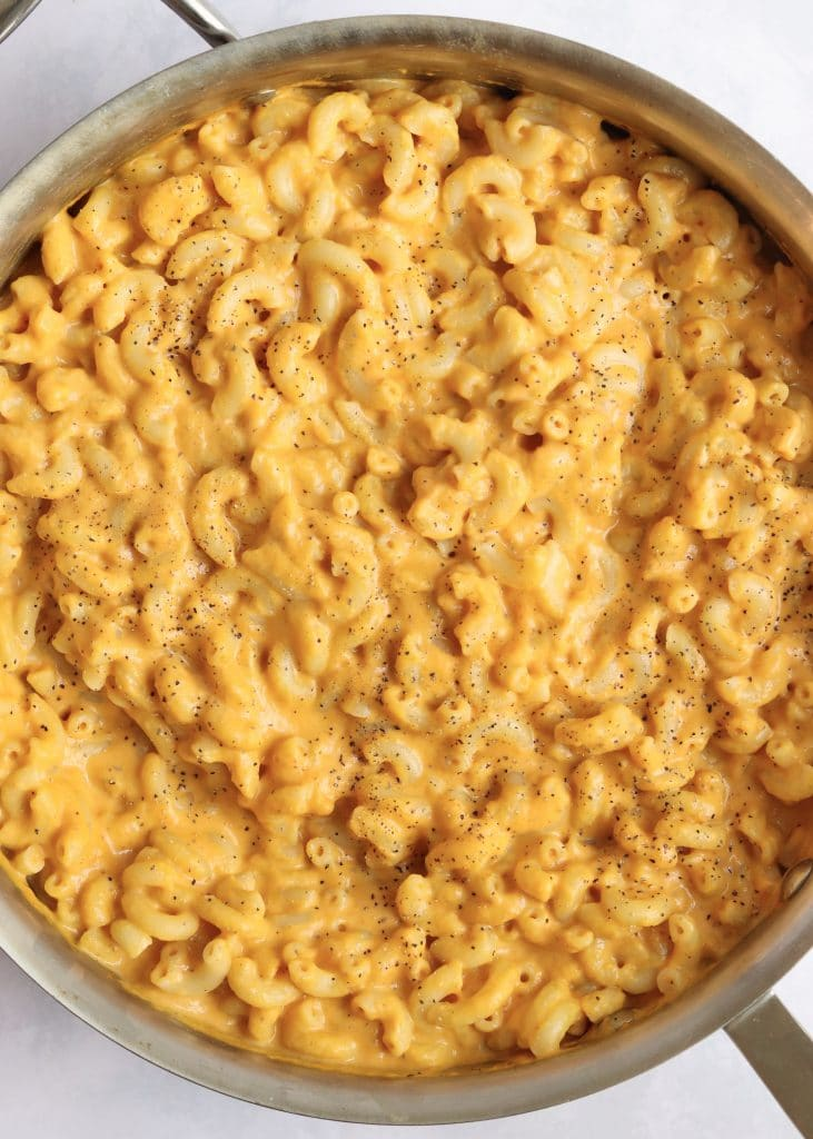 Creamy pumpkin Mac and cheese in deep skillet