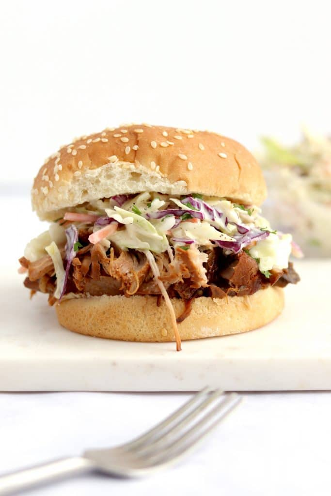 Slow cooker bbq pulled pork sandwich with coleslaw