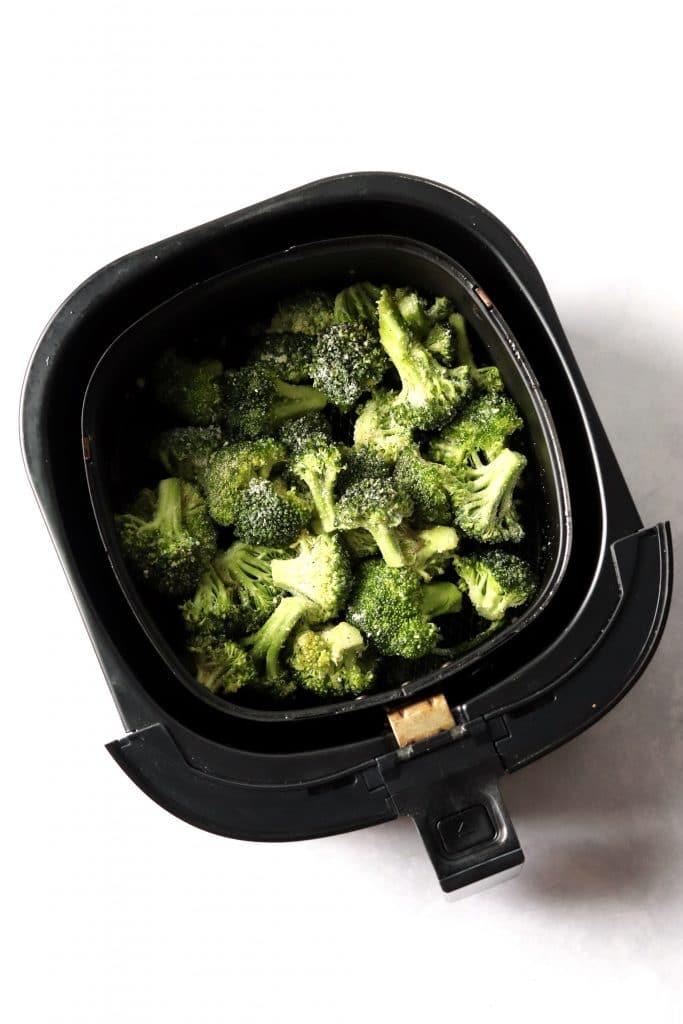 raw broccoli florets in air fryer