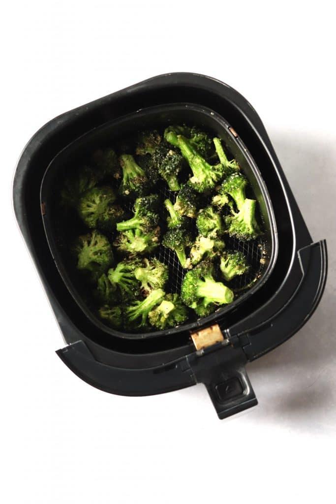 crispy, garlic broccoli in air fryer