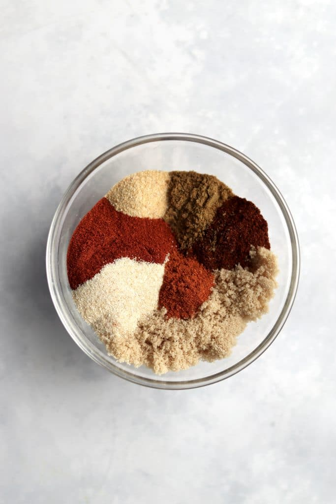 BBQ Ribs Dry Rub in a bowl
