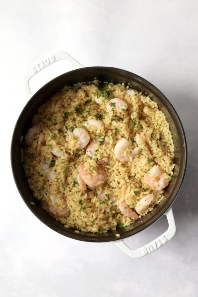 finished lemon shrimp orzo in a dutch oven