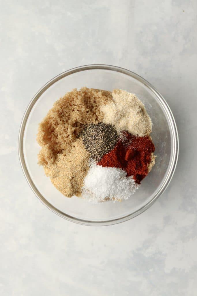 pork dry rub spices in a bowl
