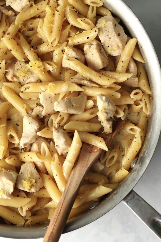 Close up of lemon chicken garlic pasta