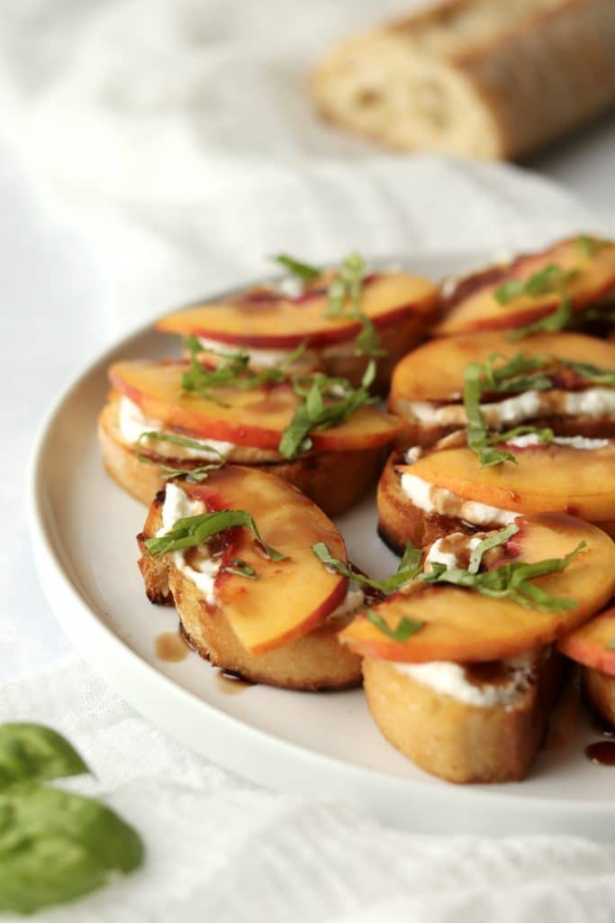 Ricotta crostini with a baguette