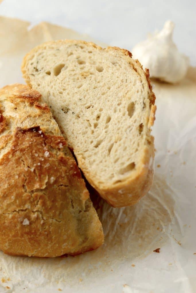 garlic no knead bread